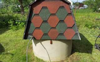 Делаем домик для колодца самостоятельно — особенности конструкции с двускатной крышей