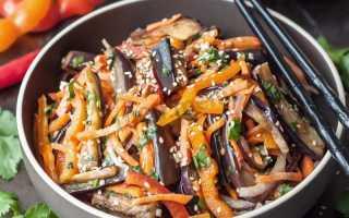 Популярный салат с баклажанами и чесноком