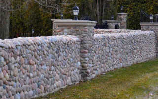 Великолепные вечные заборы из природного камня